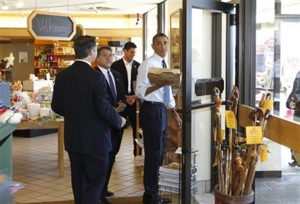 SAIC Vic Erevia, Obama
