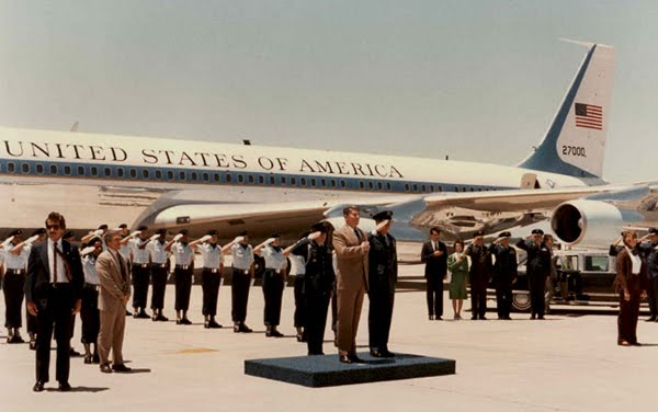 President Reagan reviewing the troops at Kelly AFB in 1983 (SAIC Robert DeProspero, 2nd from left)